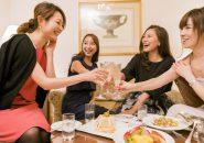 ラブホ女子会をする女性たち
